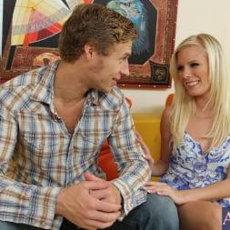 Elaina Raye in 'Naughty America' and Michael Vegas in My Sisters Hot Friend (Thumbnail 2)