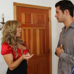 Amber Lynn Bach in 'Naughty America' and Giovanni Francesco in Seduced by a cougar (Thumbnail 1)
