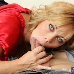 Amber Lynn Bach in 'Naughty America' and Giovanni Francesco in Seduced by a cougar (Thumbnail 12)