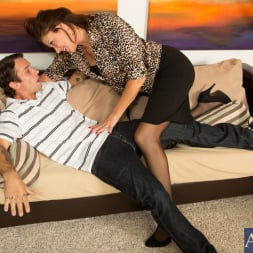 Vanessa Videl in 'Naughty America' and Alan Stafford in Seduced by a cougar (Thumbnail 3)