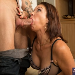 Vanessa Videl in 'Naughty America' and Alan Stafford in Seduced by a cougar (Thumbnail 4)