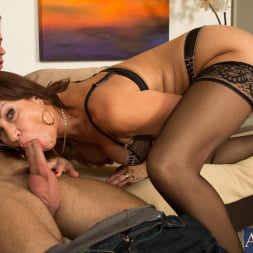 Vanessa Videl in 'Naughty America' and Alan Stafford in Seduced by a cougar (Thumbnail 5)