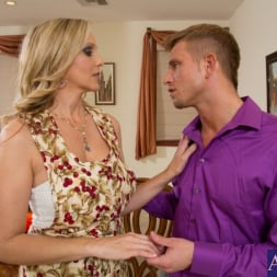 Julia Ann in 'Naughty America' and Bill Bailey in My Dad's Hot Girlfriend (Thumbnail 3)