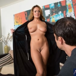 Elexis Monroe in 'Naughty America' and Alan Stafford in My Friends Hot Mom (Thumbnail 3)