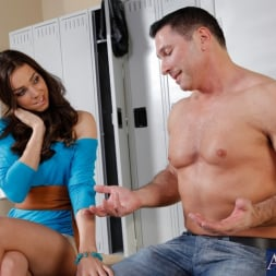 Tiffany Tyler in 'Naughty America' and John Strong in I Have a Wife (Thumbnail 3)