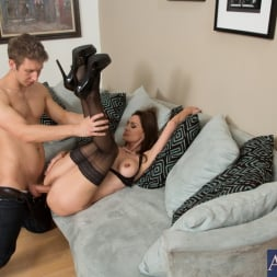 Nora Noir in 'Naughty America' and Danny Wylde in My Friends Hot Mom (Thumbnail 5)