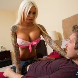 Lolly Ink in 'Naughty America'  and Danny Wylde in My Girlfriend's Busty Friend (Thumbnail 4)