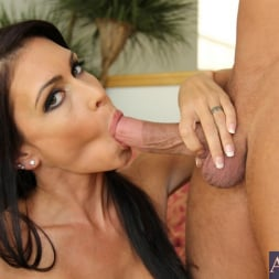Jessica Jaymes in 'Naughty America' and Bill Bailey in My Friends Hot Mom (Thumbnail 12)