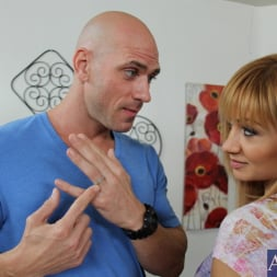Lea Lexis in 'Naughty America' and Johnny Sins in I Have a Wife (Thumbnail 3)