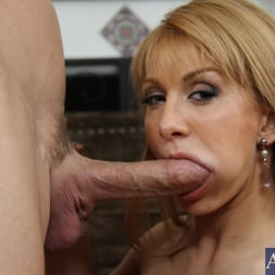 Lea Lexis in 'Naughty America' and Johnny Sins in I Have a Wife (Thumbnail 4)