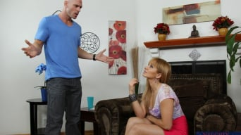 Lea Lexis に 'and Johnny Sins in I Have a Wife'