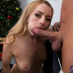 Lexi Belle in 'Naughty America' and Bill Bailey in Naughty Office (Thumbnail 5)