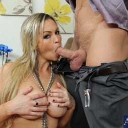Abbey Brooks in 'Naughty America' and Johnny Castle in My Wife's Hot Friend (Thumbnail 4)