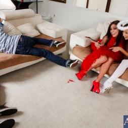 Celeste Star in 'Naughty America' Lesbian Girl On Girl (Thumbnail 3)
