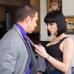 Asphyxia Noir in 'Naughty America' and Johnny Castle in My Wife's Hot Friend (Thumbnail 2)