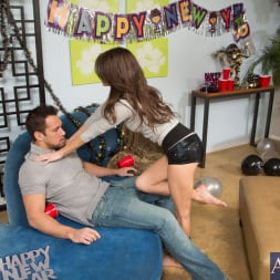 Jenni Lee in 'Naughty America' and Johnny Castle in I Have a Wife (Thumbnail 2)