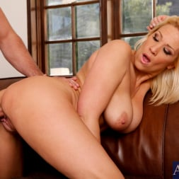 Jessie Cash in 'Naughty America' and Ryan Driller in My Friends Hot Mom (Thumbnail 14)