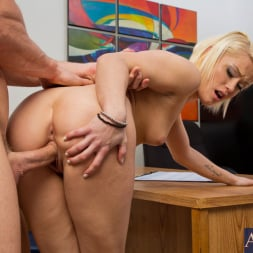 Ash Hollywood in 'Naughty America' and Johnny Sins in Naughty Office (Thumbnail 9)