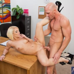 Ash Hollywood in 'Naughty America' and Johnny Sins in Naughty Office (Thumbnail 13)