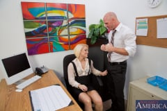 Ash Hollywood and Johnny Sins in Naughty Office (Thumb 03)