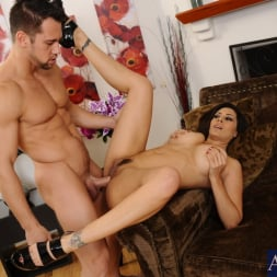Raylene in 'Naughty America' and Johnny Castle in My Friends Hot Mom (Thumbnail 14)