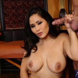 Jessica Bangkok in 'Naughty America' and Bill Bailey in My Naughty Massage (Thumbnail 15)