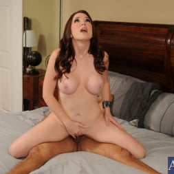 Jessica Rayne in 'Naughty America' and Armando Ponce in My Girlfriend's Busty Friend (Thumbnail 13)