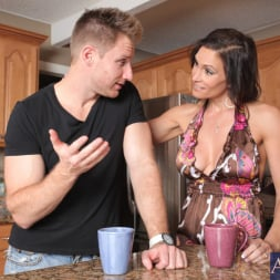 Raven LeChance in 'Naughty America' and Levi Cash in My Friends Hot Mom (Thumbnail 1)
