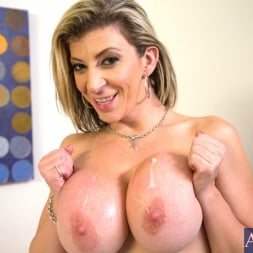 Sara Jay in 'Naughty America' and Danny Wylde in My Friends Hot Mom (Thumbnail 11)