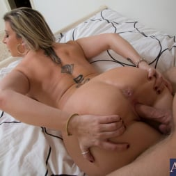 Sara Jay in 'Naughty America' and Danny Wylde in My Friends Hot Mom (Thumbnail 14)