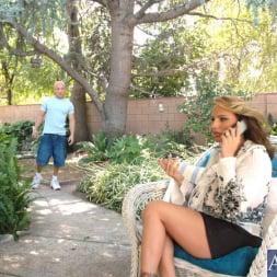 Lisa Lipps in 'Naughty America' and Brett Rockman in My Friends Hot Mom (Thumbnail 2)