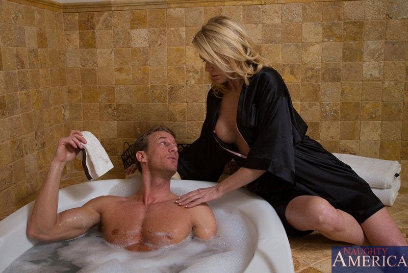 Search milf bathing