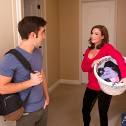 Diamond Foxxx in 'Naughty America' and Logan Pierce in My Friends Hot Mom (Thumbnail 1)