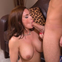 Diamond Foxxx in 'Naughty America' and Logan Pierce in My Friends Hot Mom (Thumbnail 5)