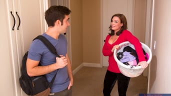 Diamond Foxxx में 'and Logan Pierce in My Friends Hot Mom'