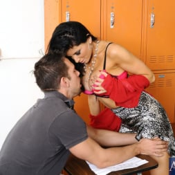 Romi Rain in 'Naughty America' and Johnny Castle in My First Sex Teacher (Thumbnail 3)