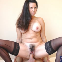 Selena Steele in 'Naughty America' and Kyle Moore in My Friends Hot Mom (Thumbnail 7)