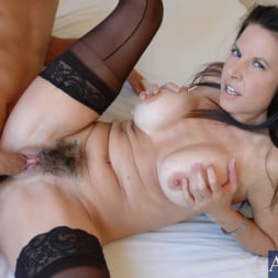 Selena Steele in 'Naughty America' and Kyle Moore in My Friends Hot Mom (Thumbnail 13)