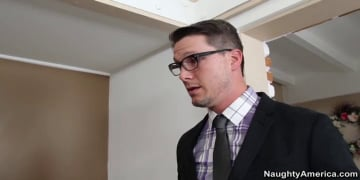 Jessica Robbin and Aaron Wilcoxxx in Naughty Office