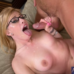 Allie James in 'Naughty America' and Johnny Castle in I Have a Wife (Thumbnail 11)