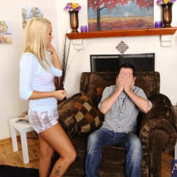 Emily Austin in 'Naughty America' and Kris Slater in My Sisters Hot Friend (Thumbnail 1)