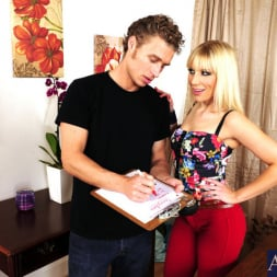 Ashley Fires in 'Naughty America' and Michael Vegas in I Have a Wife (Thumbnail 2)