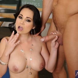 Holly West in 'Naughty America' and Johnny Castle in My First Sex Teacher (Thumbnail 15)