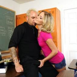 Megan Sweetz in 'Naughty America'  and Barret Blade in Naughty Bookworms (Thumbnail 3)