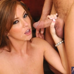 Maddy O'Reilly in 'Naughty America' and Johnny Castle in Naughty Rich Girls (Thumbnail 11)