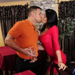 Romi Rain in 'Naughty America' and Johnny Castle in My Dad's Hot Girlfriend (Thumbnail 3)