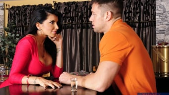 Romi Rain en 'and Johnny Castle in My Dad's Hot Girlfriend'