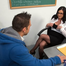 Kendra Lust in 'Naughty America' and Johnny Castle in My First Sex Teacher (Thumbnail 1)