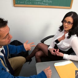 Kendra Lust in 'Naughty America' and Johnny Castle in My First Sex Teacher (Thumbnail 2)