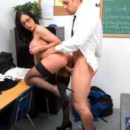 Kendra Lust in 'Naughty America' and Johnny Castle in My First Sex Teacher (Thumbnail 5)